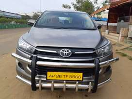 Toyota INNOVA CRYSTA 2017 Diesel 117000 Km Driven