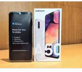 Samsung Galaxy A50 in white color 4/128/