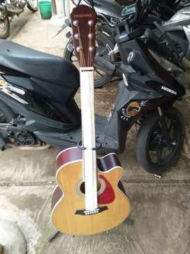 Gitar akustik original prodinne