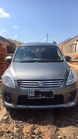 Mobil Ertiga GL 2013