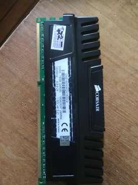 Memory DDR 3 8Gb Corsair