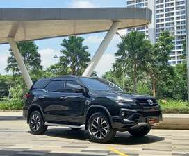 HOT WANTED.. TOYOTA FORTUNER VRZ TRD A/T 2019
