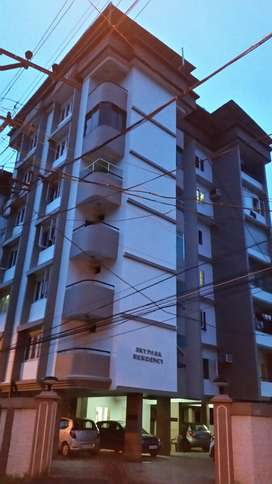 3 BED ROOM FLAT AT MAMANGALAM NEAR METRO AND WATER AVAILABLE ALL YEAR