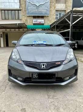 Honda Jazz 2014 tipe RS 1.5 A/T km 72rb