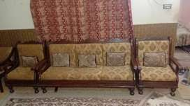 Three seater sofa with two sofa chair with soft flufy chocens