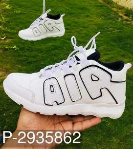 Man Sports Shoes we are Wholesaler