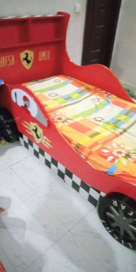 car bed with matress
