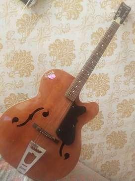 Givson orginal guitar prefect condition