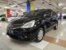 Dp 8jt. Nissan grand Livina XV automatik 2014. Bergaransi