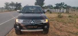 Mitsubishi Pajero sport for urgent sale