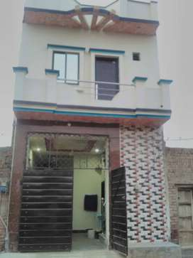 Newly constucted well furnished furnished 2.5 marls, double storey .