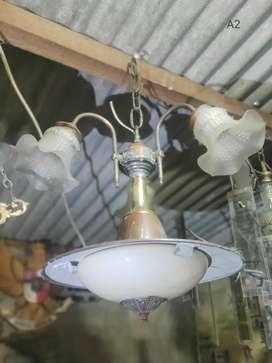 Lampu gantung antik cabang 3 kuningan