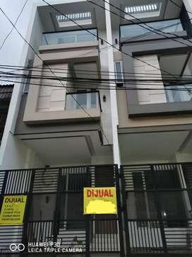Dijual Rumah Di Jelambar Siap Huni Lokasi Ok Jalan Lebar Bebas Banjir