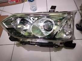 Headlamp lampu depan avanza 2016 kiri
