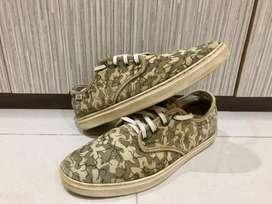 Sepatu Eric Elms x Vans OTW Ludlow