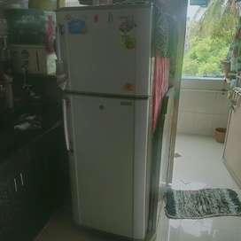 Samsung fridge to sold