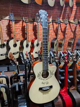 Gitar akustik Taylor Swift 3/4