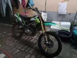 Kawasaki Klx 2012.