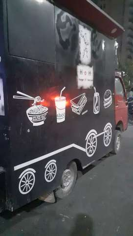 Chef for food truck
