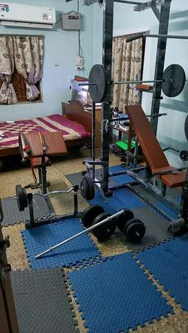 20 in abs tower 4x2  with preacher curl bench