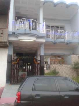 2.5 BHK semi furnished flat in covered campus on rent in Nandu colony