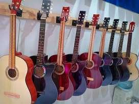Akustik gitar roamansa baru