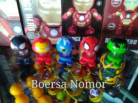 EMOJI SUPER HERO LED / Boneka Emoji Per Goyang Super Hero Led