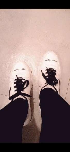 Shoe's ladies