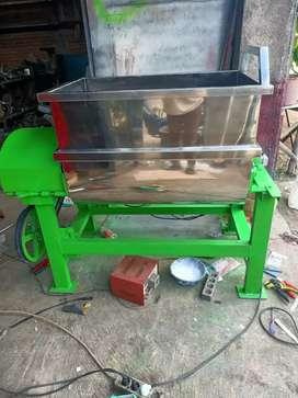 molen adonan kerupuk / pengaduk pakan ternak / mixer kerupuk