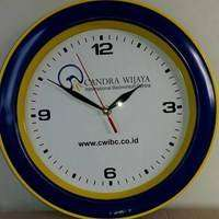 souvenir jam dinding ultah, jual jam dinding murah,souvenir jam custom
