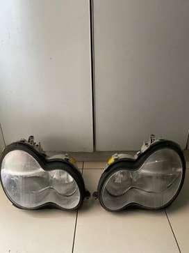 Dijual lampu depan / headlamp mercy w 203