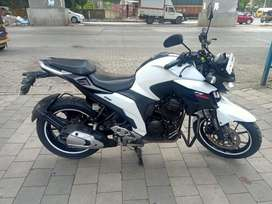 Yamaha Fz25 White 2017 Emi Option Available