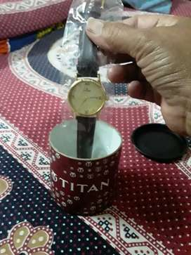I want to sell my Titan Watch