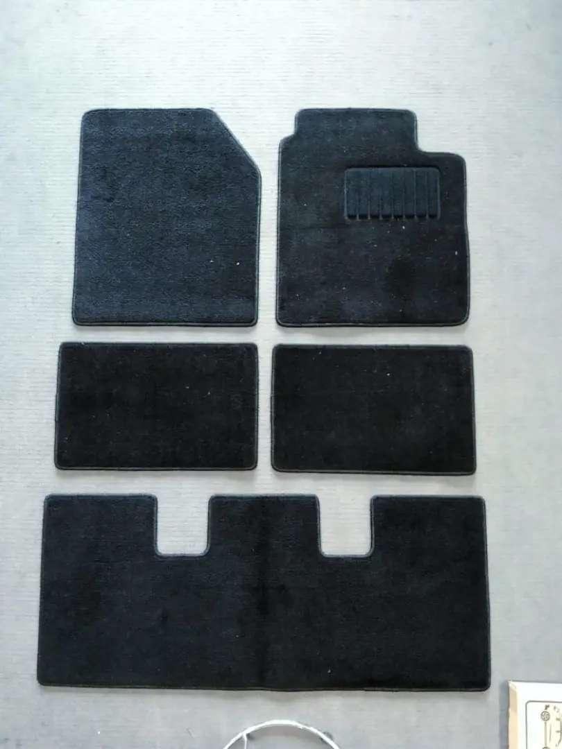 Karpet mobil MPV