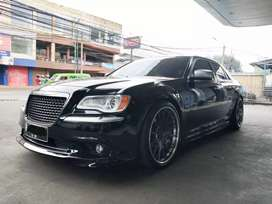 Chrysler 300C 3.6L thn 2013 LOW KM!!