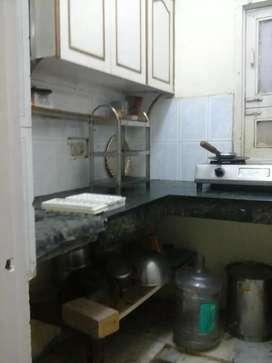 Laxmi Nagar : Furnish 2bhk flat on rent in laxmi nagar nd nirman vihar