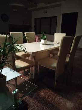 Luxury Marble white dining table, new condition