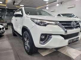 Toyota Fortuner 2.8 2WD AT, 2019, Diesel