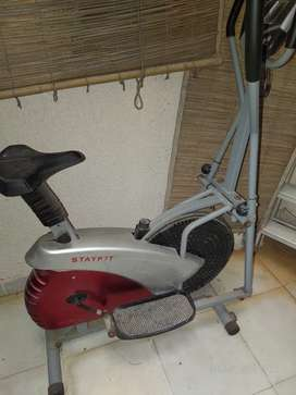 Stay fit Elliptical trainer