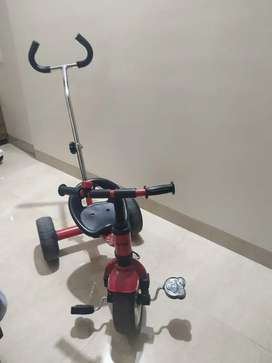 Babyhug Kids tricycle