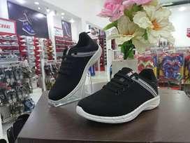 Sepatu Sekolah Terbaru