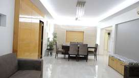 Full Furnished Office of 565 sq.ft in THE SPIRE near 150 Ft Road