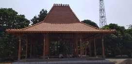 Joglo Pendopo dan Rumah Jawa Joglo bahan kayu jati semuanya.