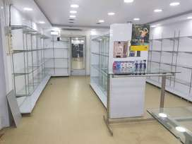 Garment shop display and fittings