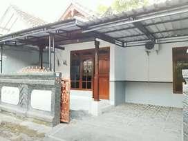 Rumah 3KT Disewakan Bs Bulanan Furnish di Cekomaria dkt Gatsu Denpasar