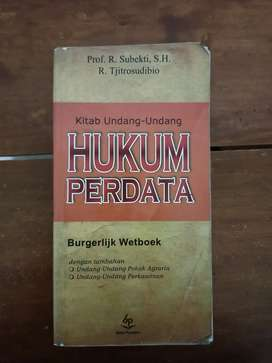 Paket buku hukum