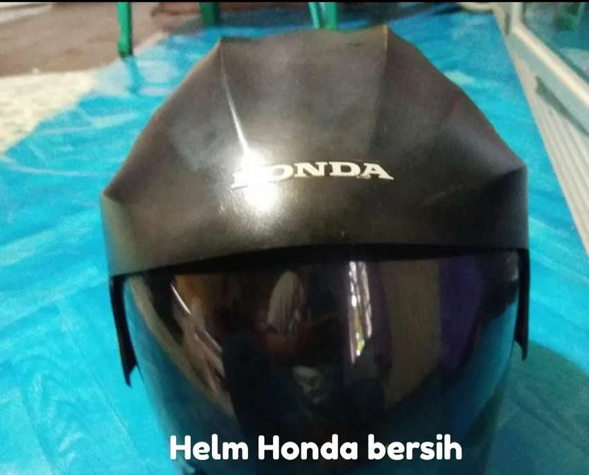 Helm Honda hitam 0