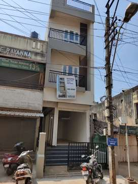 Shops, offices , Godown for rent, 4 nos. Available