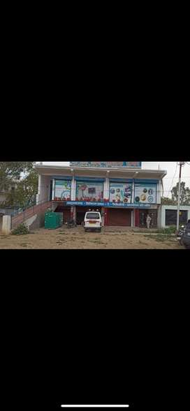 1300 sqft hall available for rent on hardoi main highway road