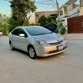 Toyota Prius package S